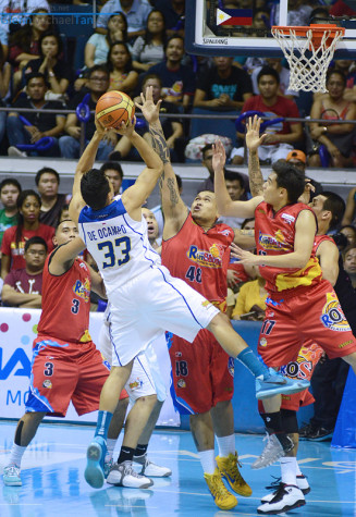 Ranidel de Ocampo vs Rain or Shine